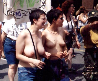 Pic #6 - Gay Pride 1998 in Toronto