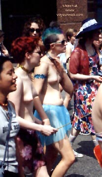 Pic #10 - Gay Pride 1998 in Toronto