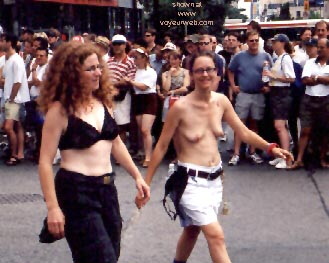 Pic #13 - Gay Pride 1998 in Toronto