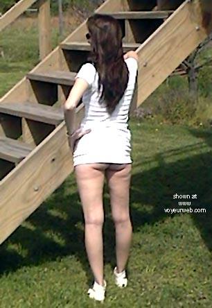 Pic #2 - LadyBi      Outside