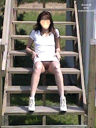 Pic #3 - LadyBi      Outside
