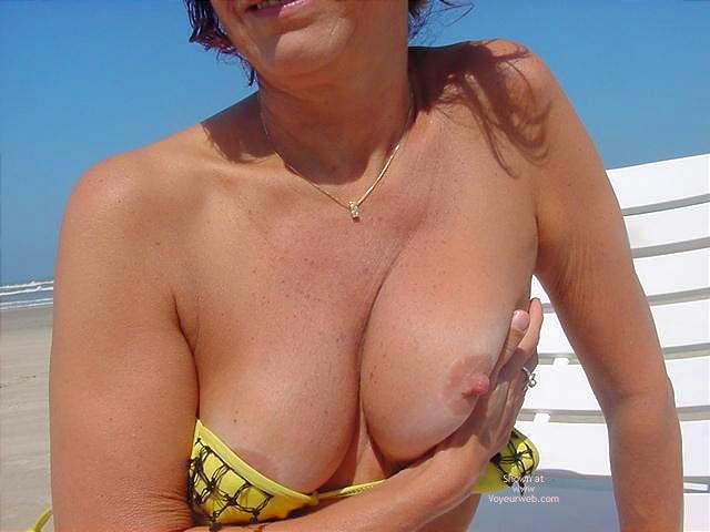 Pic #6 - MôNica At The Beach