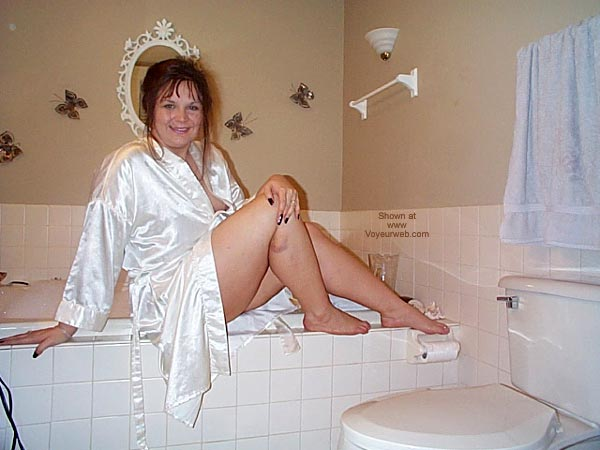 Pic #2 - *Tu Dyvine'S Bathtime Fun