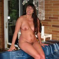 Victoria Hot Hot Tub!!!!