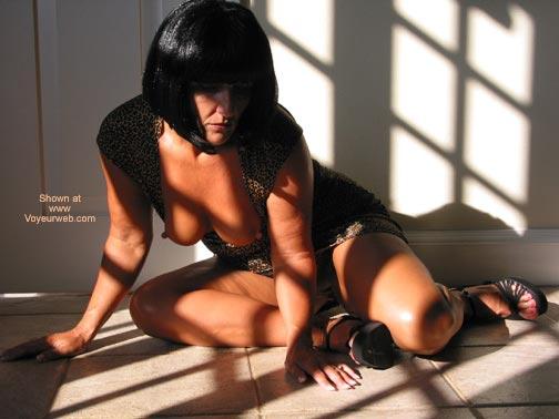 Pic #5 - Sammi In The Sunlight