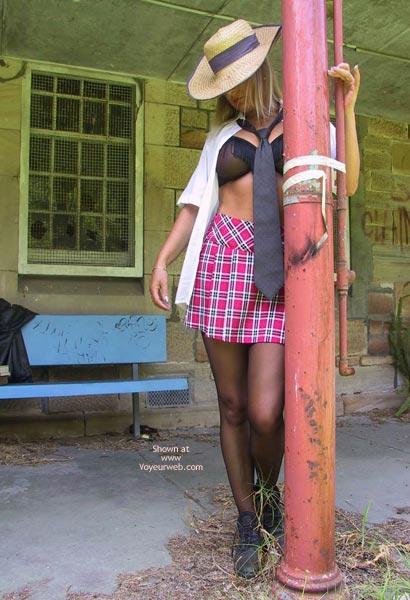 Pic #2 - *Yb  Rose @--}---- Truancy Queen
