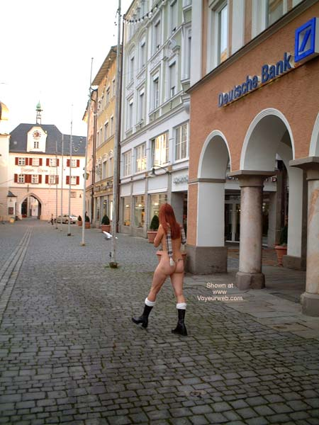 Pic #2 - Niky In The City