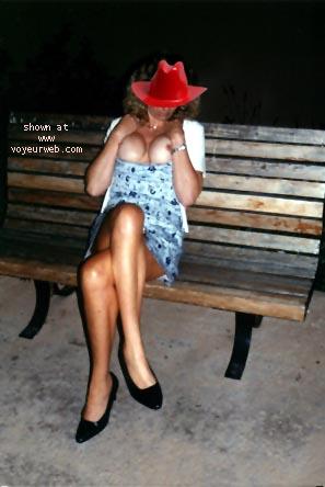 Pic #3 - She's Got Leggs