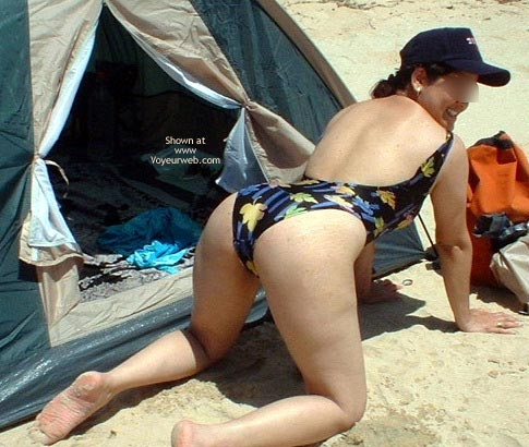 Pic #9 - Indiebabe Gets Naughty On The Beach