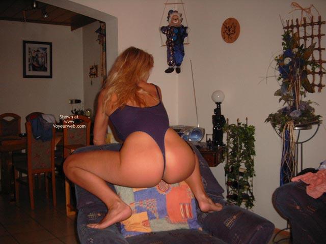 Pic #4 - Nice Ass ?