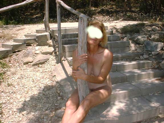Pic #5 - Elaine at Hippy Hollow