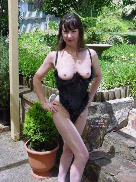 Pic #5 - Aussielouise - Backyard One