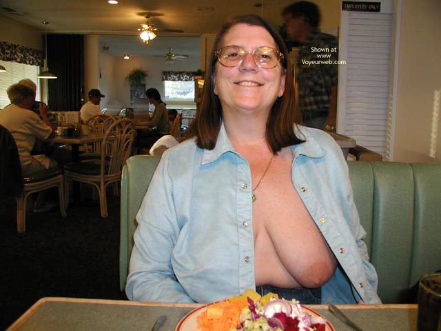 Pic #4 - Hot Stuff Random Acts Of Public Nudity