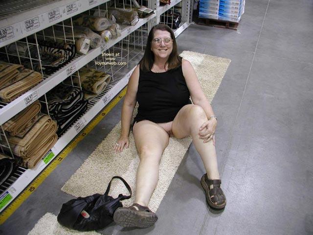 Pic #5 - Hot Stuff Random Acts Of Public Nudity