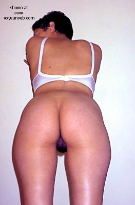 Pic #3 - Young Latin Wife