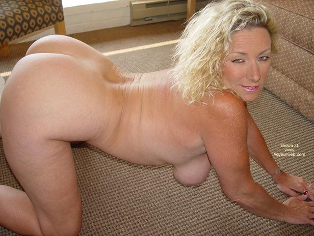 Pic #2 - Ashleys Round Ass