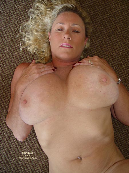 Pic #6 - Ashleys Round Ass