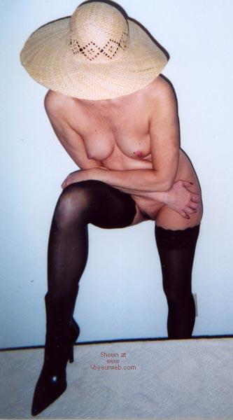 Pic #7 - Sexy Hon Buns