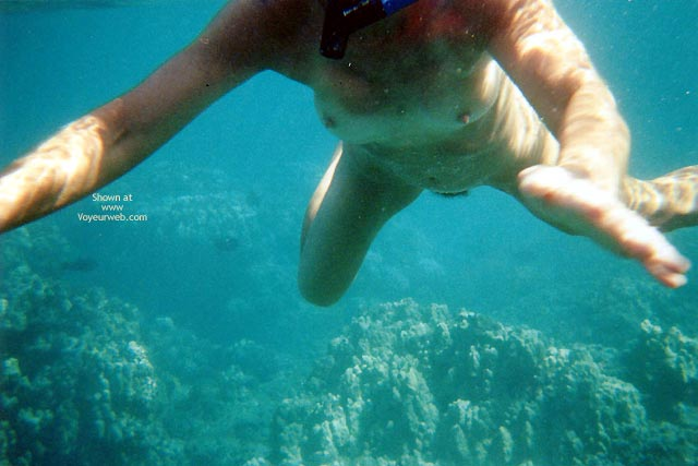 Pic #3 - Pearl Snorkelling Nude In Hawaii