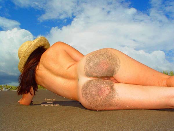 Pic #1 - Ass In Sand - Nude Beach , Ass In Sand, Sandy Bottoms, On The Beach