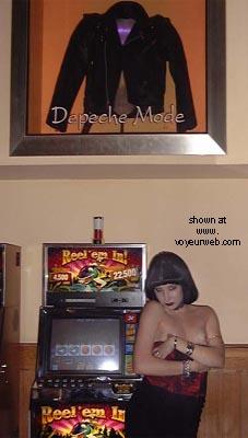 Pic #5 - Kat's Vegas Koncrete Jungle