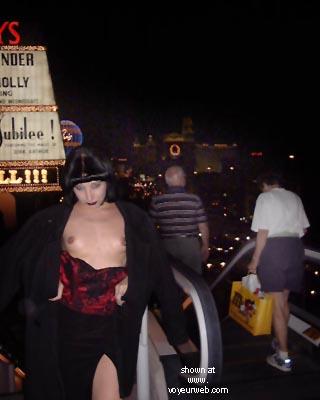 Pic #6 - Kat's Vegas Koncrete Jungle