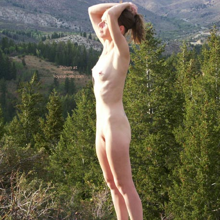 Pic #9 - Lacy Chains Hilltop Hottie