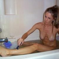 Sugarandspike Shaving&Bathing 2
