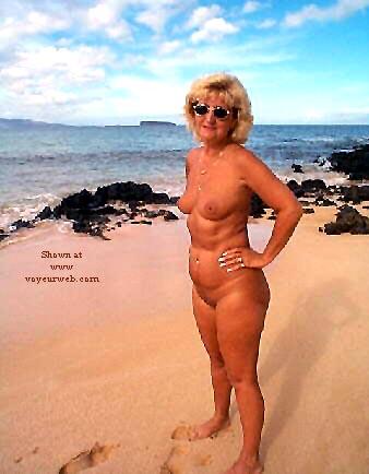 Pic #4 - Ellen At The Beach - Pt 2