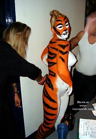 Pic #5 - Tigress Goes Clubbing