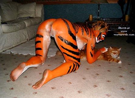 Pic #8 - Tigress Goes Clubbing