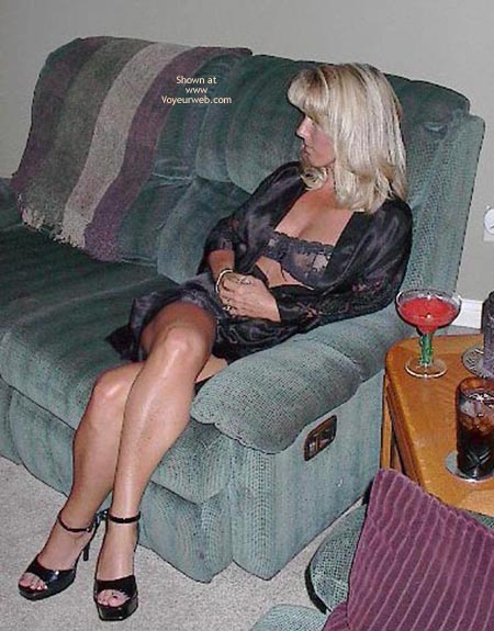 Pic #1 - Smokin Hot Wife