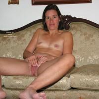 Sexy Suz Cumming In Living Room