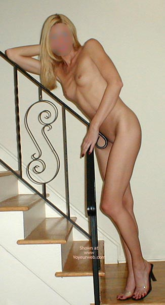 Pic #4 - Bewitching Blonde Bare'S More