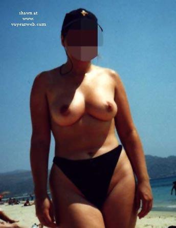 Pic #1 - Nude beach Babe!