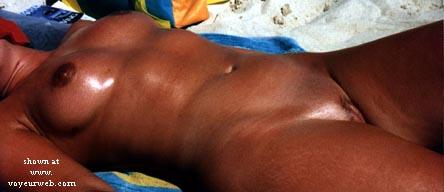 Pic #4 - Nude beach Babe!