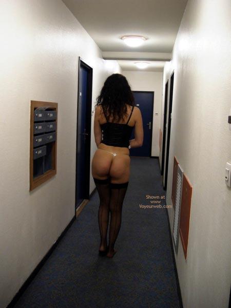 Pic #4 - Pauline ,Black Underwears In Passage
