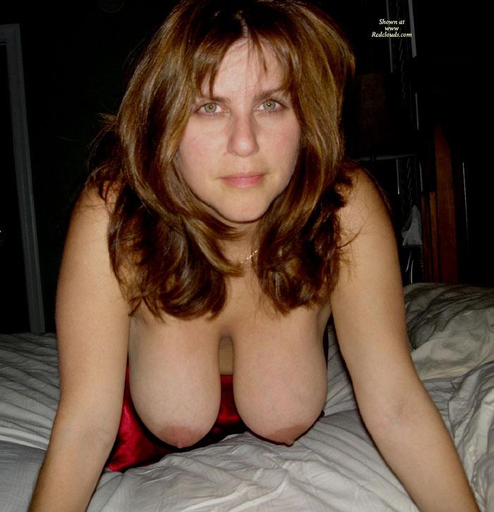 Milf Hanging Tits