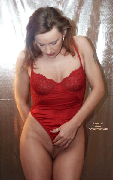 Pic #5 - Hr Susy Rocks...Red Is Hot