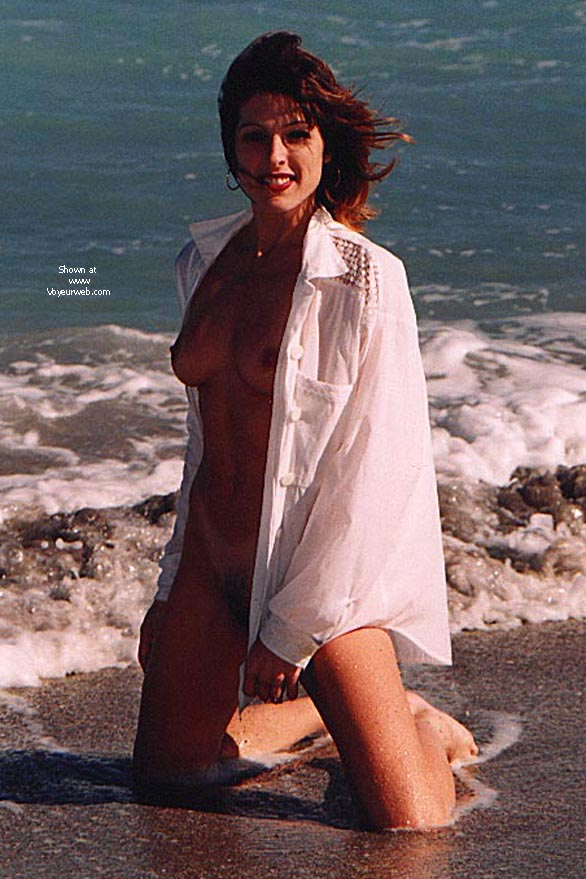 Pic #4 - KRISTINA AT THE BEACH II