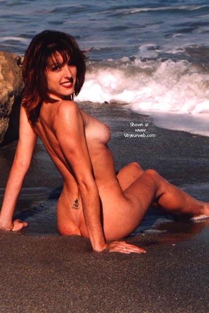 Pic #5 - KRISTINA AT THE BEACH II