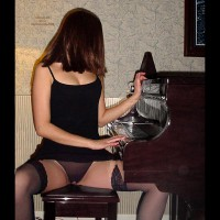 *Ph Hope'S Piano Lessons