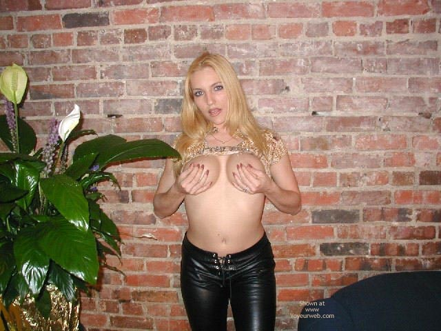 Pic #6 - Olivia'S Tummy, Tits, Leather Pants