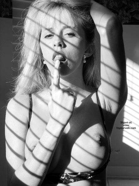 Pic #4 - Sumergirl- Shadow Pics