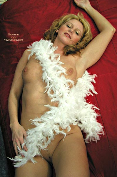 Pic #8 - TANYA WRAPPED IN WHITE FEATHER