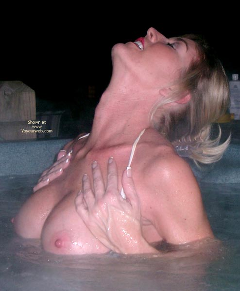 Pic #6 - Meg, Hot Tub On A Cold Night