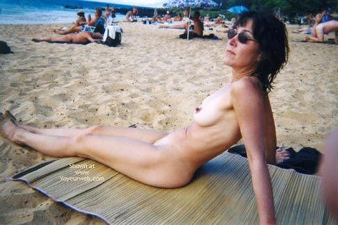 Pic #1 - Nude In Paradise