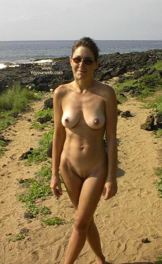 Pic #4 - More Nudity In Paradise