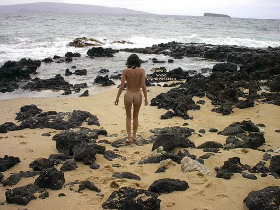 Pic #8 - More Nudity In Paradise