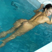 Nude In Pool - Sexy Ass
